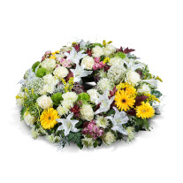 Medium mixed wreath